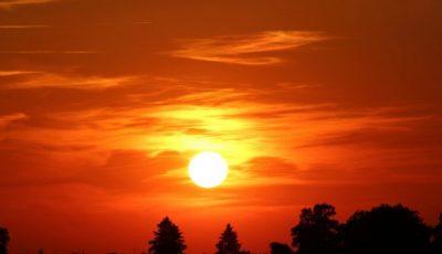 تفسير رؤية الشمس للعزباء والمتزوجة والرجل ودلالة ظهور الشمس ليلًا